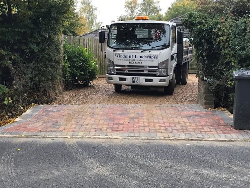 Windmill Landscapes services in Oxfordshire and Buckinghamshire