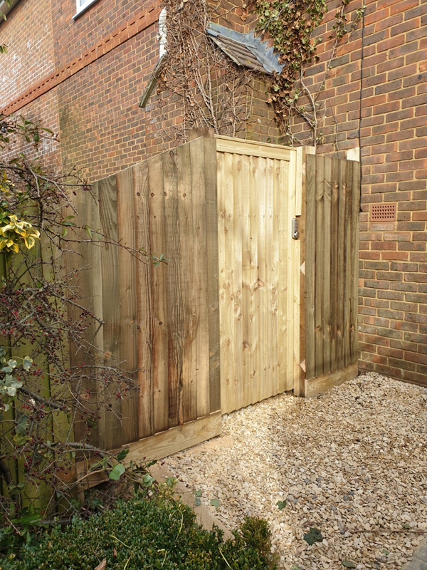 gate and fence installed in Buckinghamshire